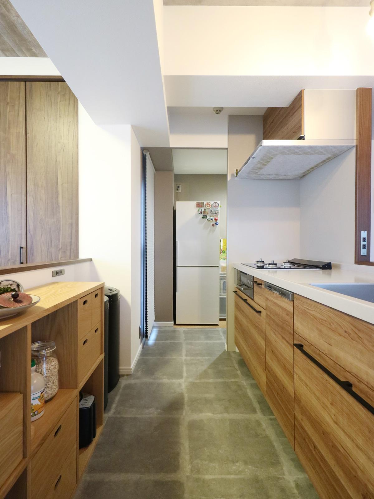 キッチン〜パントリー